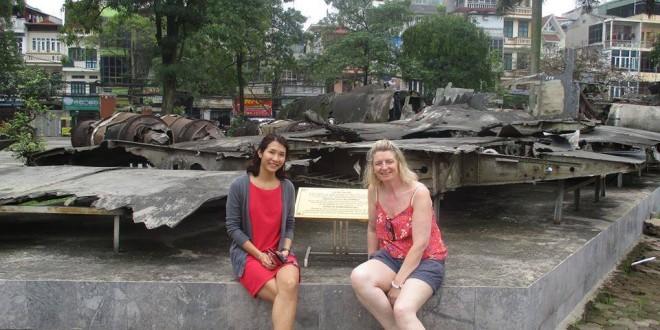 Trương Thị Bích Ngọc - Bạn ngồi bên trái