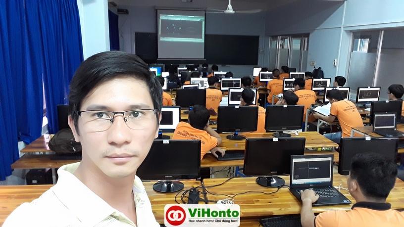 Trong buoi hoc AutoCAD nay ban co nhan ra duoc ai chua tap trung khong Nguyen Ha Xuan Tam